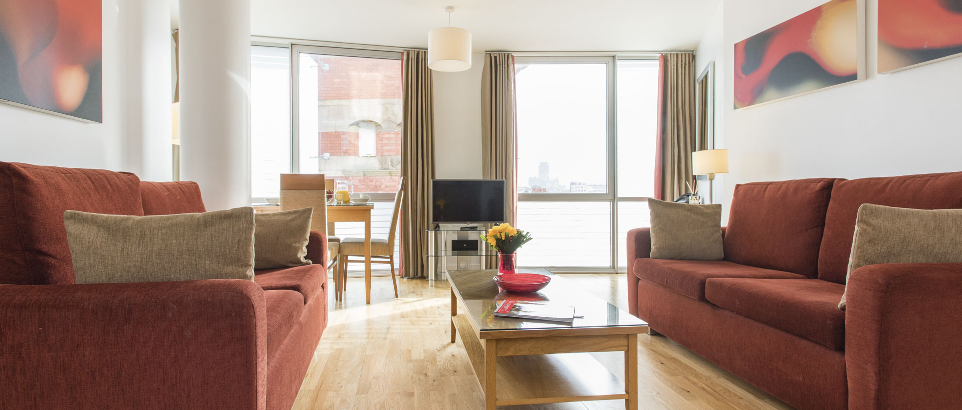 PREMIER SUITES Liverpool two bedroom apartment