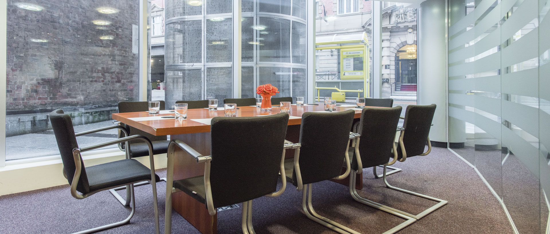 PREMIER SUITES Liverpool corporate guests meeting room