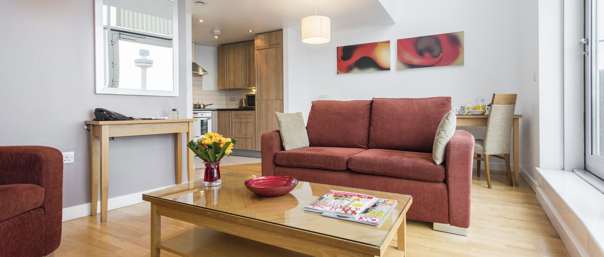Large lounge sitting area in PREMIER SUITES Liverpool serviced apartments